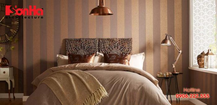 Cách trang trí phòng ngủ bằng giấy dán tường màu sắc hài hòa và cân đối