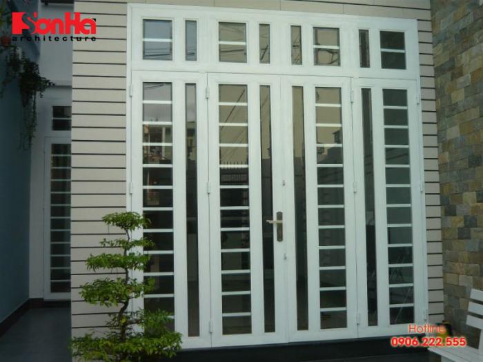 Cửa sắt thường được sử dụng cho các thiết kế cửa cổng ngoài trời