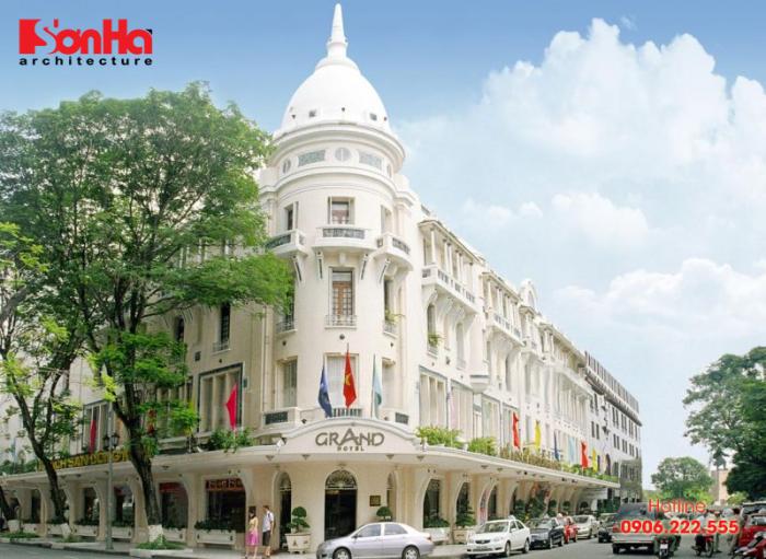 Grand Hotel Saigon là một khách sạn 5 sao cao cấp nằm ngay khu vực trung tâm