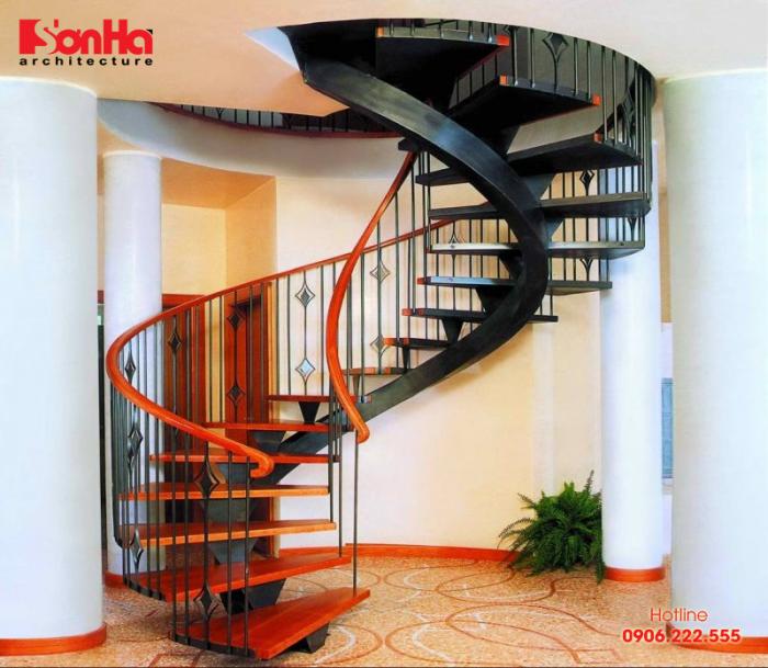Nguyên tắc thiết kế cầu thang xoắn ốc cho biệt thự nhà ống đẹp