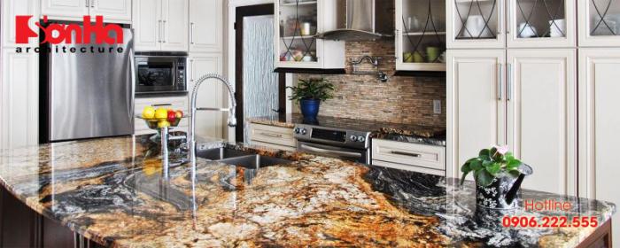 Mẫu thiết kế bếp đẹp sử dụng bàn bếp bằng đã granite