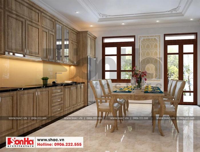Không gian phòng bếp ăn sang trọng với nội thất gỗ cho nhà phố tân cổ điển