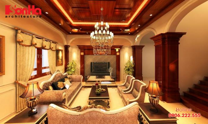 Thiết kế nội thất phòng khách phong cách cổ điển với cột trong nhà