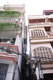 Xây nhà trên nền đất yếu và xử lý móng không được đảm bảo cũng gây nghiêng lún