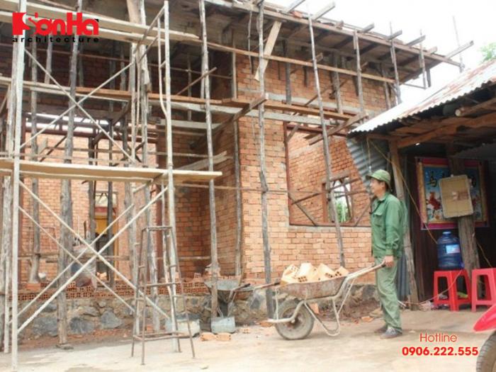 Tình hình địa chất ở các khu vực đô thị và thành phố là nguyên nhân xây dựng nhà ảnh hưởng đến nhà liền kề