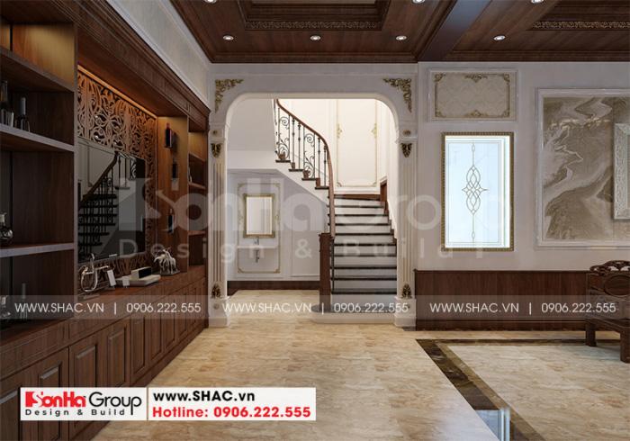 Cách trang trí nội thất sảnh thang biệt thự tân cổ điển đẹp tại Hải Phòng