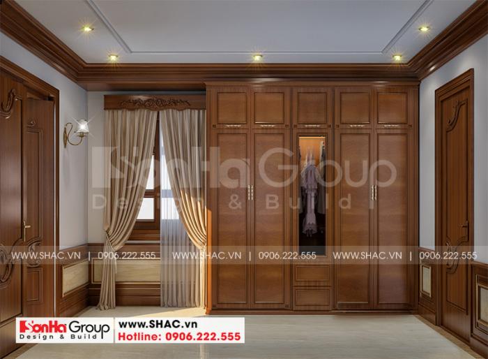 Thiết kế nội thất khu vực thay đồ cũng vô cùng tiện nghi trong căn phòng ngủ tân cổ điển
