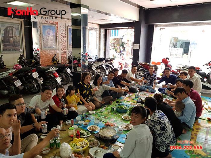 Buổi liên hoan giản dị nhưng ấm cúng của CBNV Sơn Hà Group dịp đầu năm