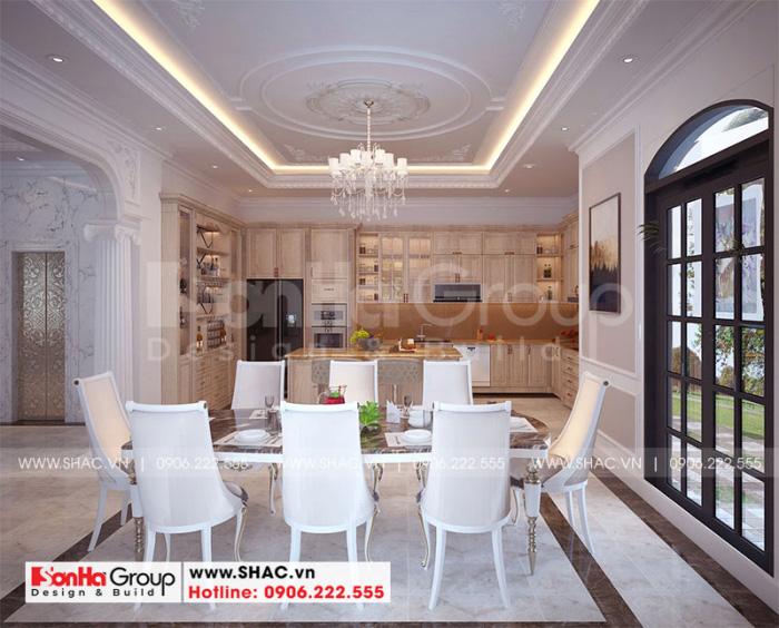 Không gian nội thất phòng bếp ăn biệt thự song lập sang trọng với nội thất gỗ
