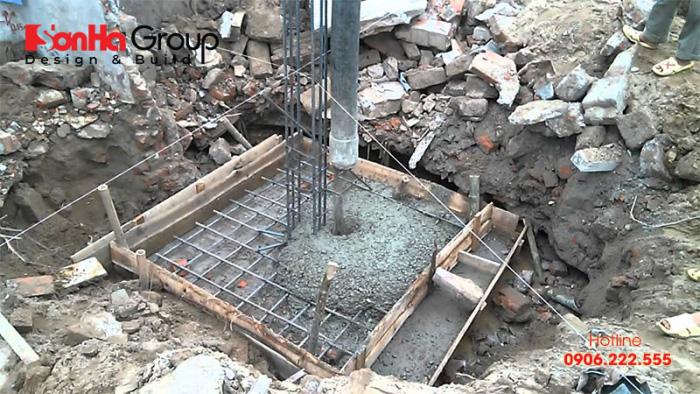 Việc xác định rõ nguyên nhân khiến bê tông cột bị rỗ giúp xử lý kịp thời