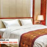 36 Bộ giường ngủ gỗ tự nhiên sang chảnh