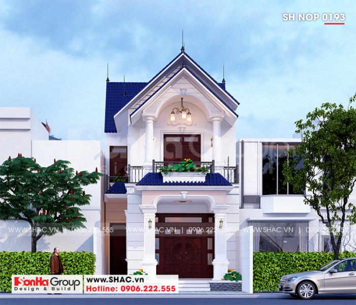 Ngắm nhìn ngoại thất nhà ống kiến trúc tân cổ điển khang trang 2 tầng tại Sài Gòn với vẻ đẹp tinh tế, độc đáo mà không hề trùng lặp với các dãy nhà kế bên toát lên gu thẩm mỹ riêng của chủ nhân ngôi nhà
