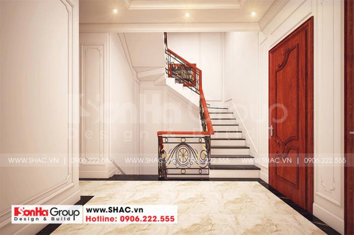 Thiết kế ảnh thang nhà ống rộng rãi với vật liệu cao cấp theo đúng nguyện vọng của gia chủ