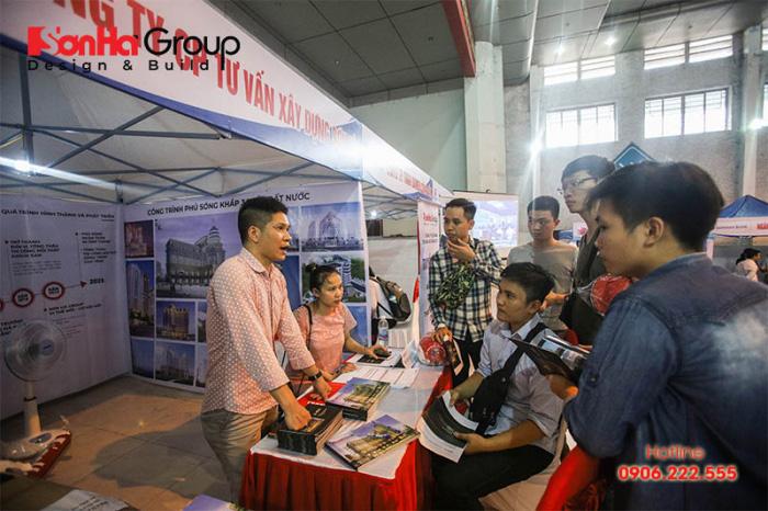 """Gian hàng Sơn Hà Group """"hạ gục"""" các ứng viên sáng giá"""
