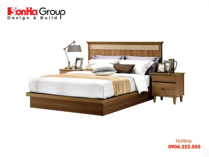 Một chiếc giường bình thường thường KT 1,5 x 1,4m đối với giường đơn
