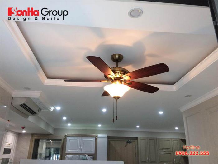 Quạt trần trang trí có thể sử dụng hiệu quả trong quạt trần phòng khách