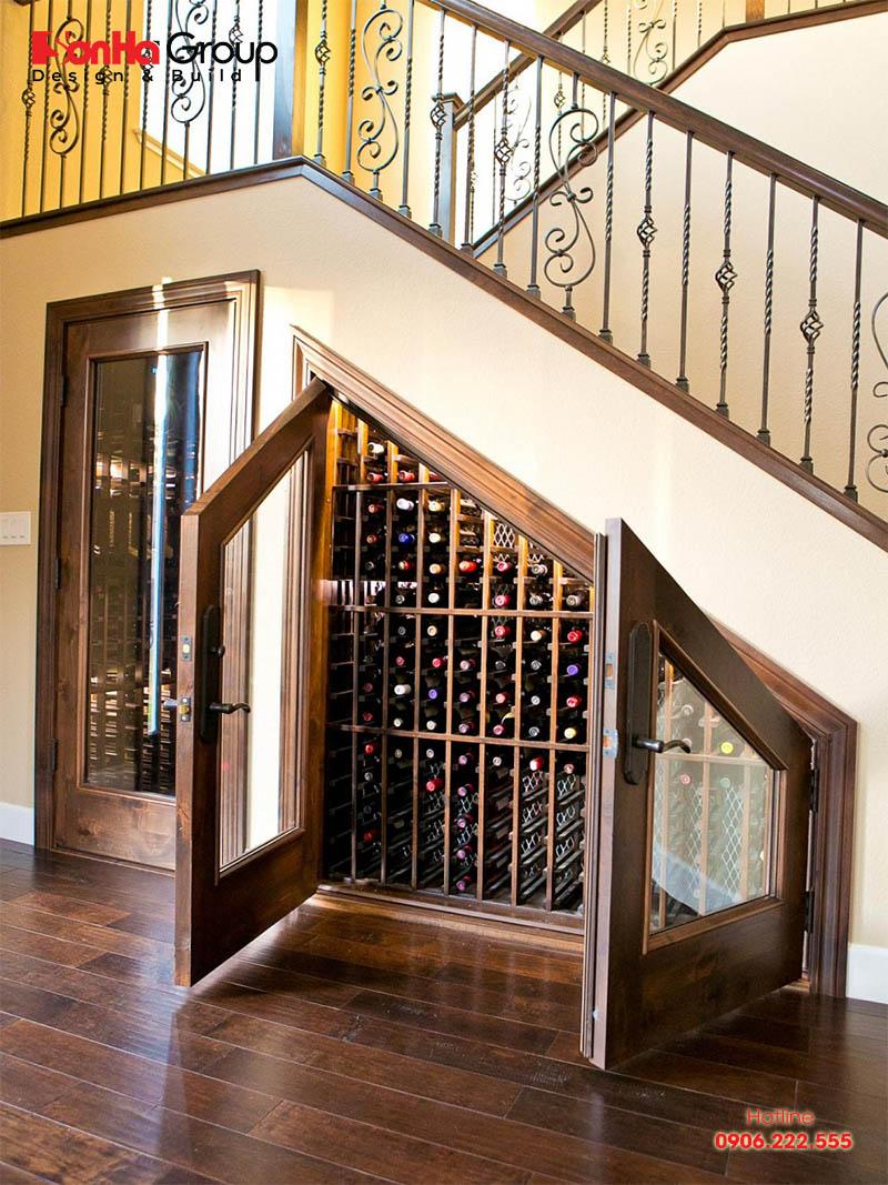 Tận dụng gầm cầu thang làm tủ âm tường đang là xu hướng của ngày nay