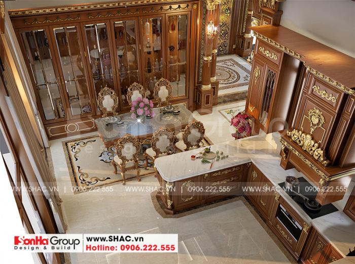 Khu vực phòng ăn của ngôi biệt thự có thiết kế nội thất đậm chất pháp mang đến không gian ấm cúng cho những bữa ăn ngon miệng