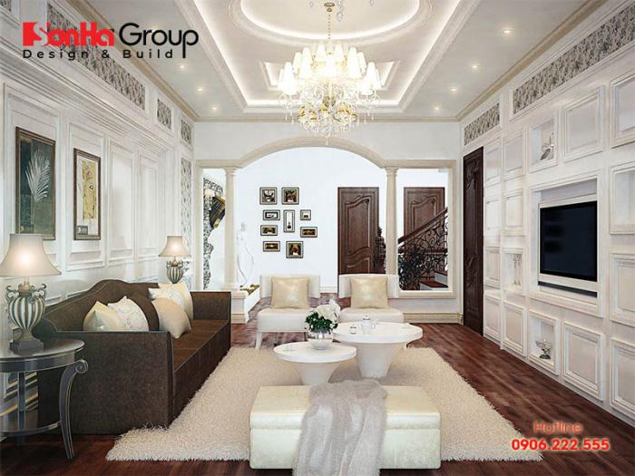 Căn phòng khách tân cổ điển vương giả ấm cúng với kiểu dáng gọn gàng có mức đầu tư hợp lý nhất