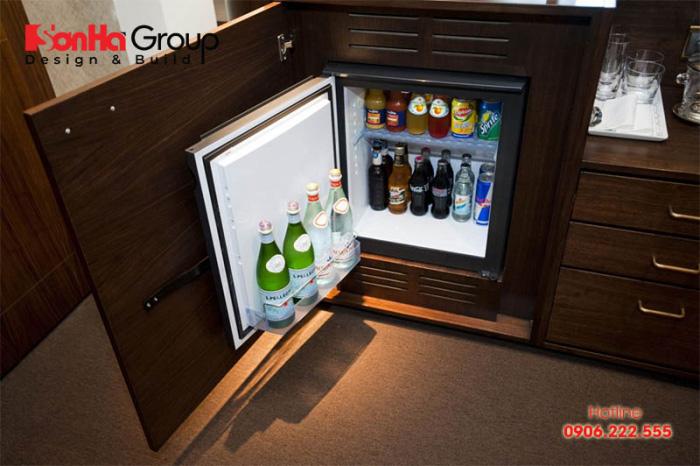 Đặt tủ lạnh mini trong phòng ngủ có tác hại về khoa học và phong thủy