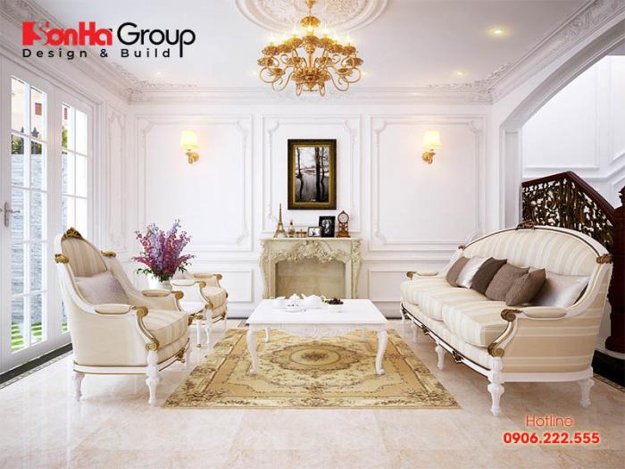Khám phá ý tưởng bày trí nội thất phòng khách tân cổ điển sang trọng với vật liệu gỗ bọc nệm êm ái tôn vinh gu thẩm mỹ mà chủ nhân có được