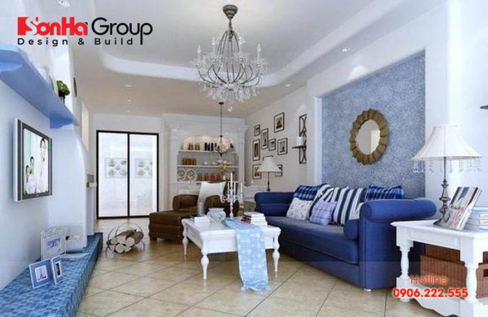 Gia chủ tuổi Canh Dần nên lựa chọn màu xanh lam để trang trí phòng khách