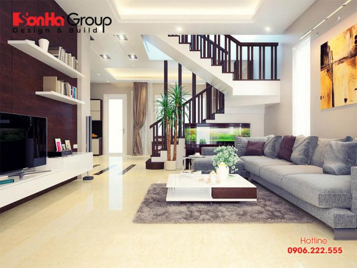 Thiết kế nội thất phòng khách nhà phố hiện đại đăng đối với vật dụng sang trọng và trang nhã theo mong muốn của chủ nhân