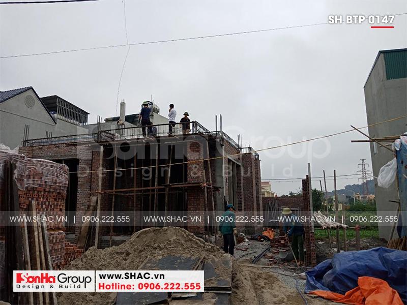 Mẫu nhà biệt thự tân cổ điển 3 tầng mái thái tại Ninh Bình – SH BTP 0147 12