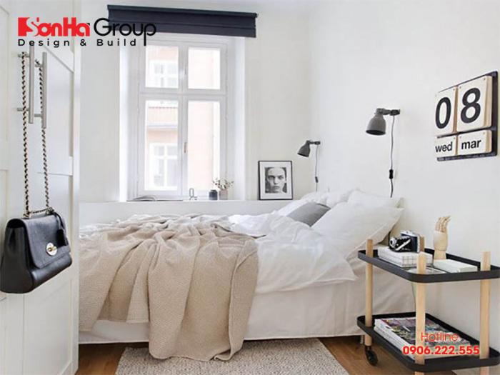 Căn phòng ngủ 7m2 sử dụng nội thất hiện đại với cách bố trí khoa học, chuẩn phong thủy