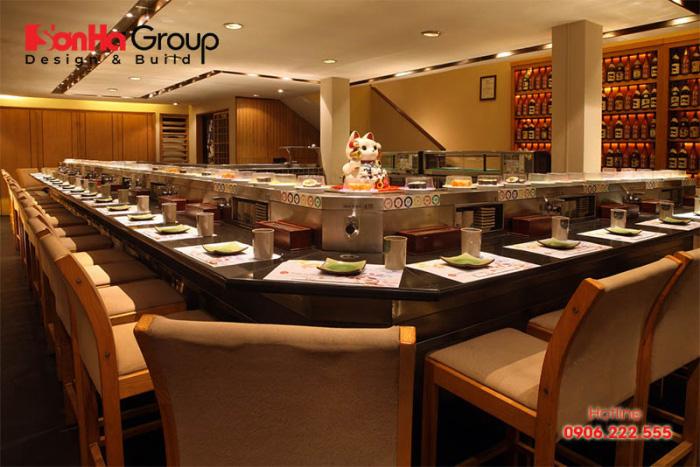 Đặc trưng của nội thất nhà hàng nhật chính là không gian toát lên vẻ sang trọng