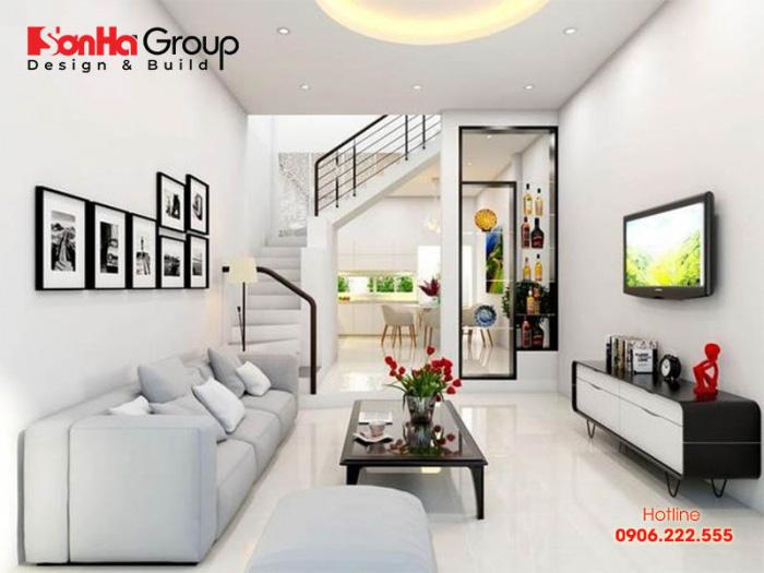 Lựa chọn các món đồ nội thất nhỏ gọn, đơn giản, vừa vặn là giải pháp giúp không gian phòng khách thêm rộng rãi