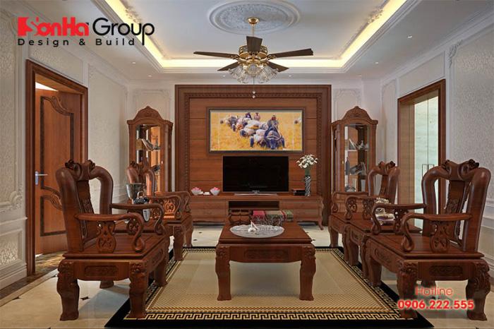 Mẫu phòng khách sử dụng vật liệu gỗ tự nhiên bền đẹp với giá tahnfh thi công phù hợp