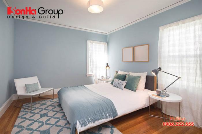 Mỗi không gian phòng ngủ 12m2 được bày trí gọn gàng, trang trí sinh động theo sở thích của gia chủ