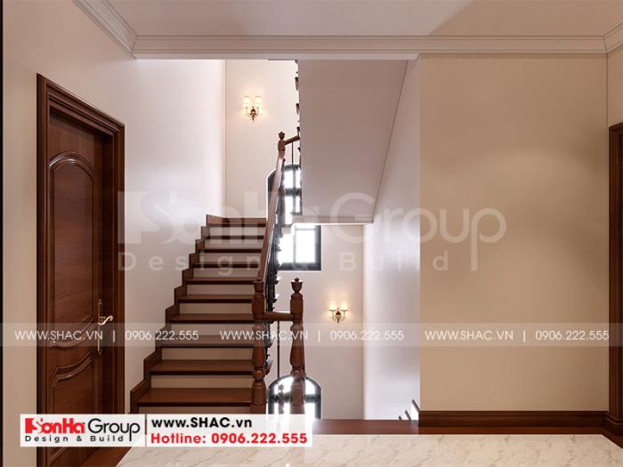 Mẫu thiết kế sảnh thang gỗ kết nối ăn khớp với các không gian ngôi nhà