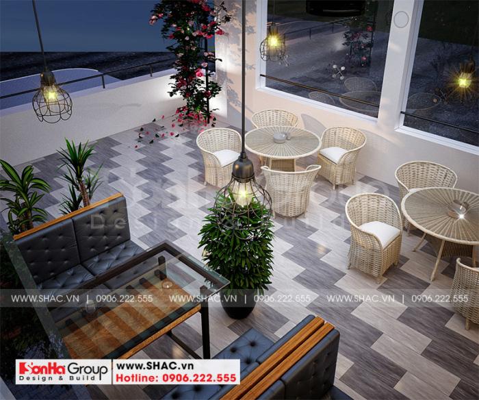 Không gian sân vườn tầng 4 bố trí khu cafe mini ấn tượng