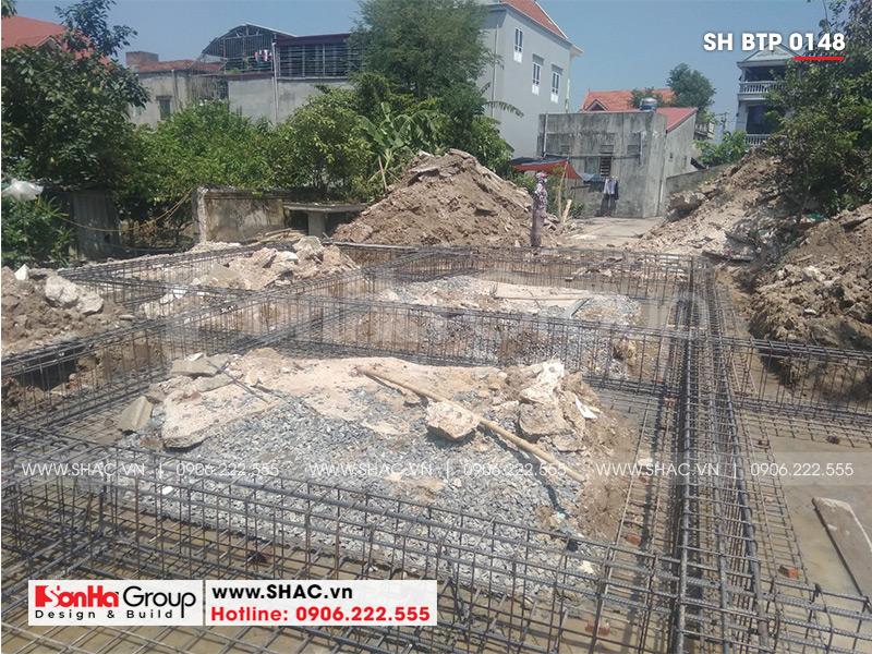 Ngôi biệt thự 1 tầng mái thái đã được khởi công xây dựng và hoàn thiện nhanh chóng