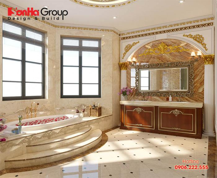 Trên diện tích rộng rãi của biệt thự pháp sang trọng, mẫu phòng tắm, vệ sinh tiện nghi này được chủ nhân hài lòng cao