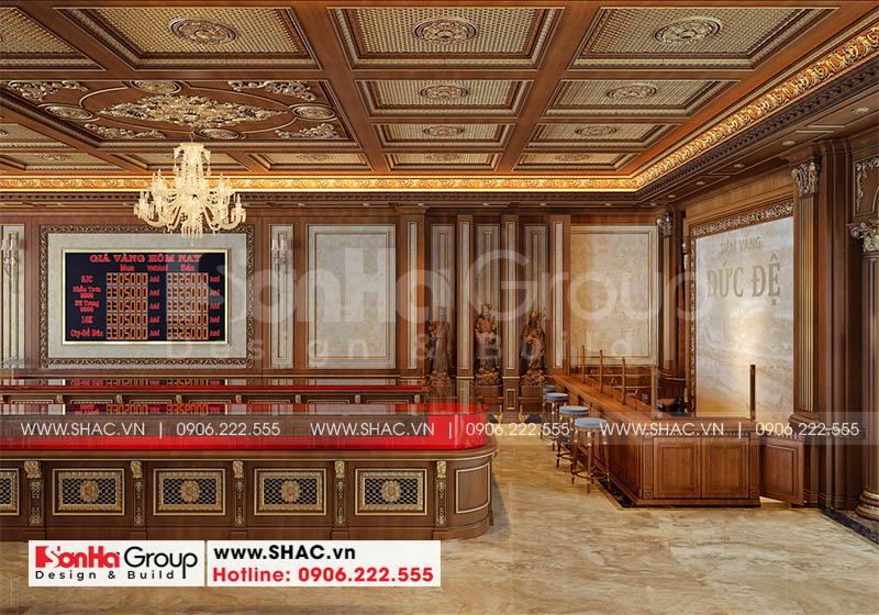Nội thất gỗ đượ sử dụng phù hợp với việc trưng bày sản phẩm vàng bạc