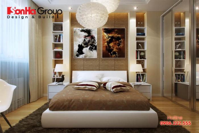 Độc đáo nhưng cũng không kém phần sang trọng là những gì bạn có thể dễ dàng cảm nhận được khi chiêm ngưỡng căn phòng ngủ master này