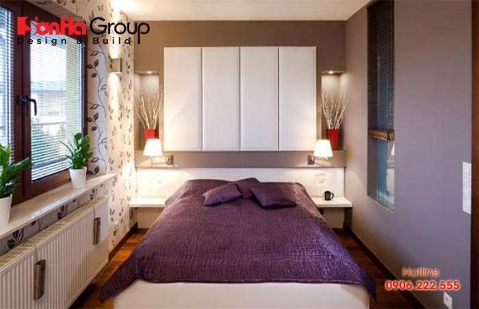 Phòng ngủ có diện tích nhỏ chỉ 6m2, ngăn nắp với cách bố trí đầy tính sáng tạo và hiện đại