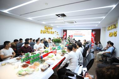 Vui thả ga – Tiếp đà cố gắng: Buổi offline đầu tiên tại ngôi nhà mới của Sơn Hà Group 3
