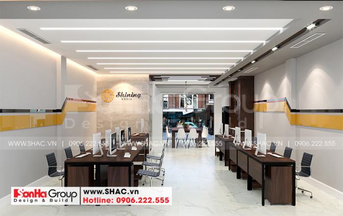 Không gian phòng làm việc của nhân viên có thiết kế nội thất hiện đại với màu sắc đầy cá tính