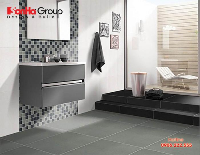 Mặt nền nhà tắm phải sạch, thoáng và an toàn