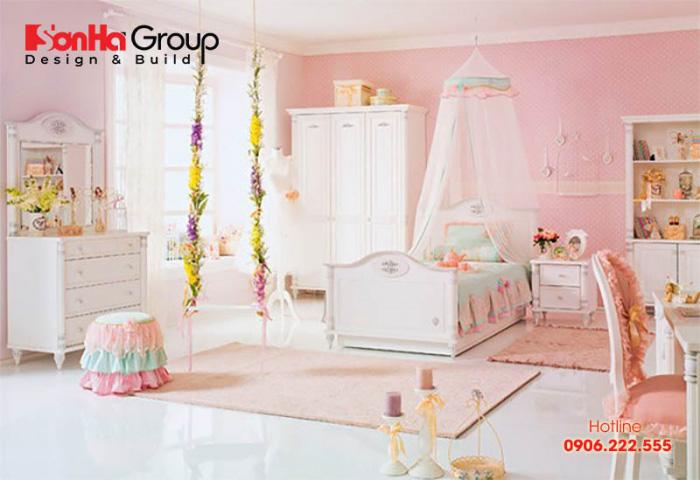 Một thiết kế nội thất phòng ngủ công chúa dành cho bé gái tương tự sẽ giúp mẹ có thêm những ý tưởng để trang trí phòng ngủ cho con yêu của mình
