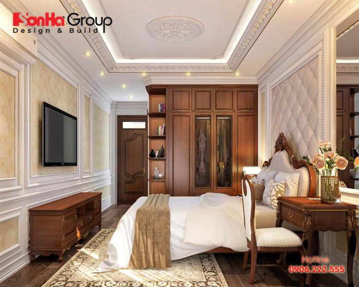 Phòng ngủ ấm cúng và sang trọng được thiết kế nội thất gỗ của biệt thự mang tới không gian nghỉ ngơi lý tưởng