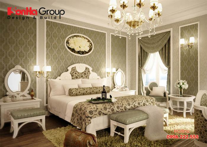 Phòng ngủ master với gam màu dịu nhẹ cùng nội thất cao cấp mang đến không gian riêng tư vô cùng sang trọng và đẳng cấp