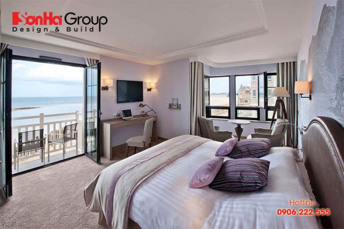 Thêm một ý tưởng thiết kế phòng ngủ khách sạn 4 sao với không gian mở rất được yêu thích