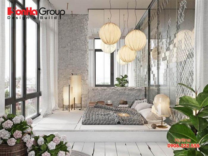 Tông trắng ấn tượng mang tới một căn phòng ngủ lung linh, mờ ảo với cảm giác vô cùng ấm áp