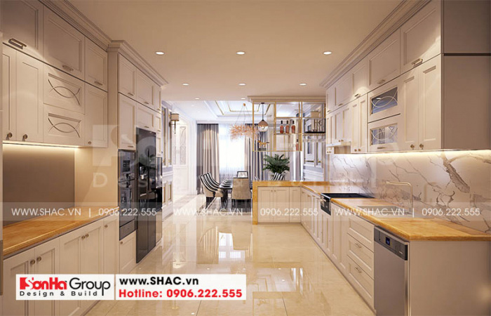 Không gian nội thất phòng bếp ăn nổi bật với gạch ốp lát nhập khẩu châu Âu