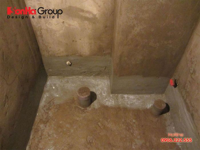 Có nhiều vật liệu cho các biện pháp chống thấm phòng tắm và vệ sinh